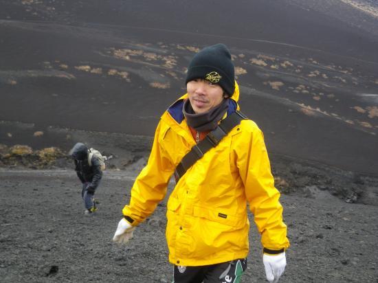 櫛形山を直登しているところです ボランティア リーダー