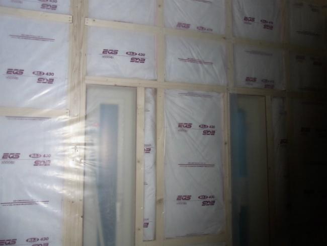 H2.3防湿シート貼り2