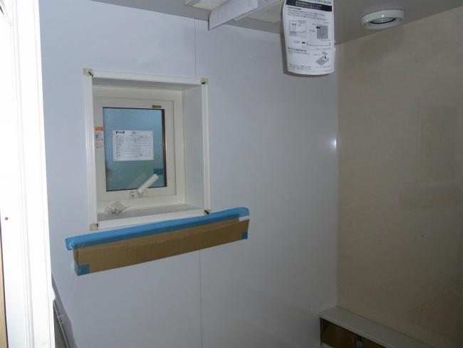 2.8風呂 窓