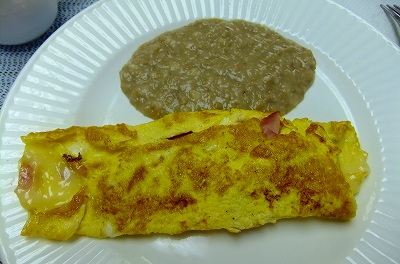 「ナルバル」号の朝食