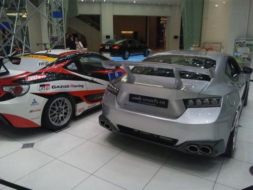 GAZOO-Racing-86&86_02