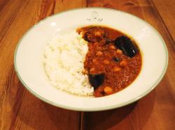 ナスとひよこ豆のひき肉カレー