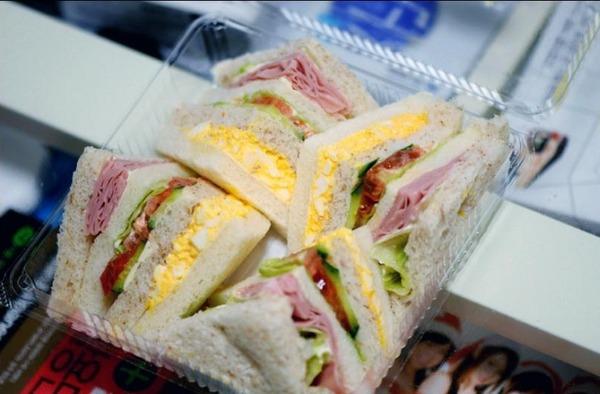 日本 サンドイッチ