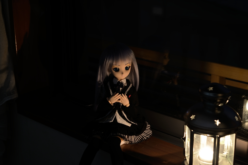 窓辺で_001