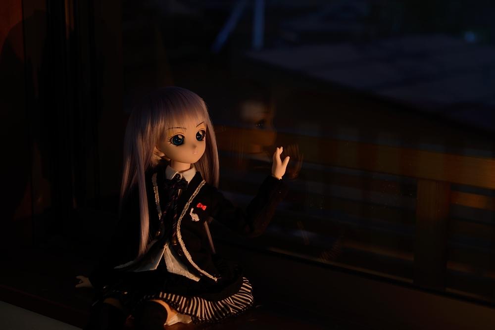 窓辺で_003