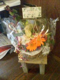 お祝いの花1