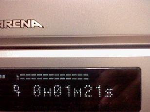 最近のデッキ(とはいっても12年前ですが....)なのにレベルメ-タ-が付いています。S-VHSの上位機種だからでしょうか?