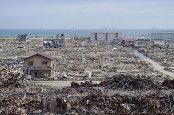東日本大震災石巻市-2