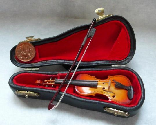 小人のバイオリン