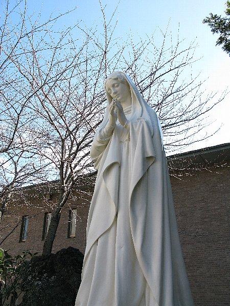 カトリック山手教会のマリアさま