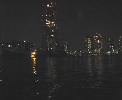 隅田川近くの夜景