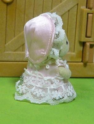ピンクドレス 後 赤ちゃん