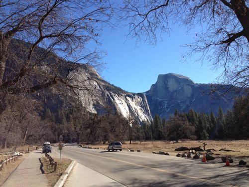 美しい山と道