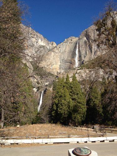 違った角度からのヨセミテ滝
