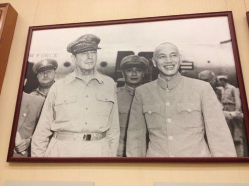 マッカーサーと蒋介石
