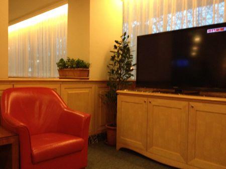 椅子もテレビも豪華