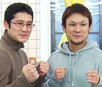 左:代表コーチと右:東洋太平洋フェザー級チャンピオン