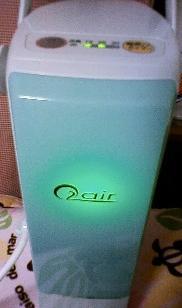 酸素チャージ中は緑色にランプがつきます。