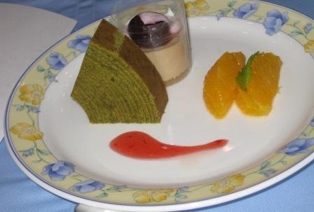 抹茶味のバームクーヘンは、デザートに追加しました。