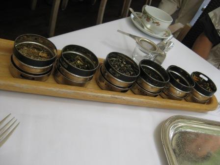 好きな紅茶をチョイス!