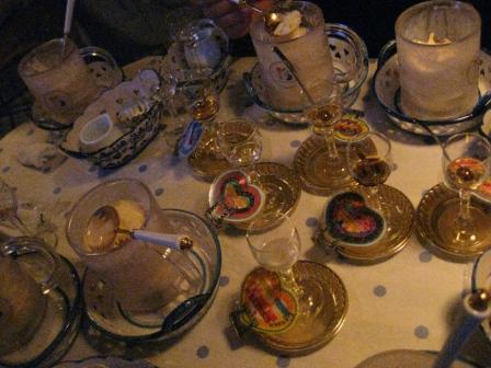 ソフトクリーム用ソースのお酒がこんなにたくさん!