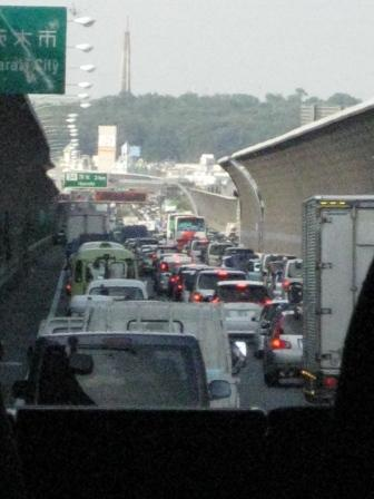 25kmの大渋滞に巻き込まれ…