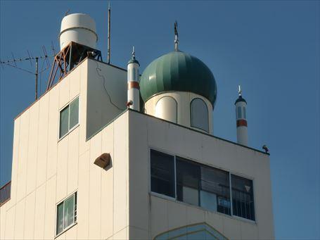 山谷のモスク