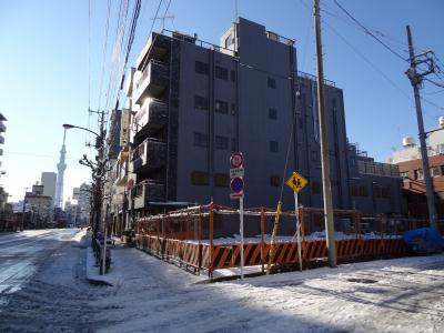 1月24日東京初の積雪 山谷 ほていや前