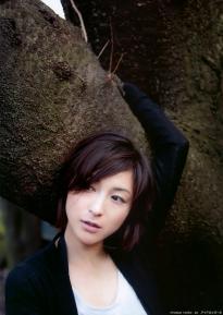 hirosue_ryoko_g004.jpg
