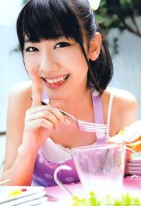 kashiwagi_yuki_g095.jpg