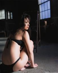 kawamura_yukie_g095.jpg