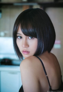 maeda_atsuko_g107.jpg