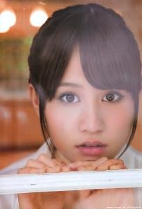 maeda_atsuko_g113.jpg