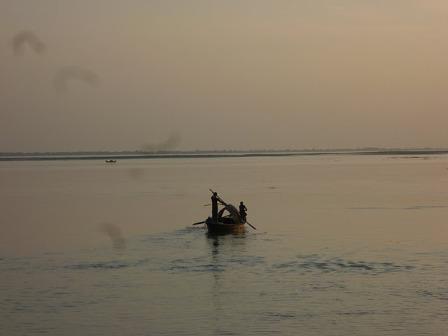 美しいガンジス川の夕暮れ