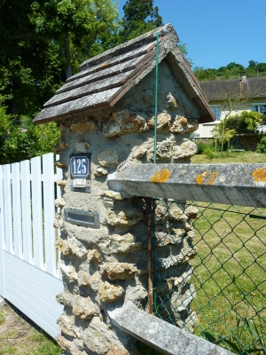 gatepost4.jpg