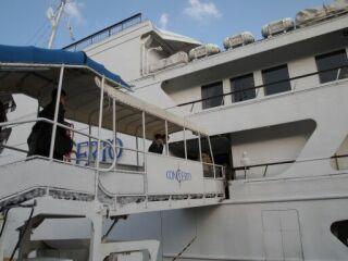 20111212ハーバーランド美歩夫婦乗船