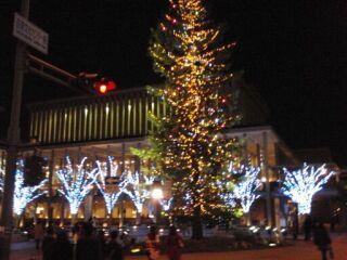 20111214芸術文化センター夜景