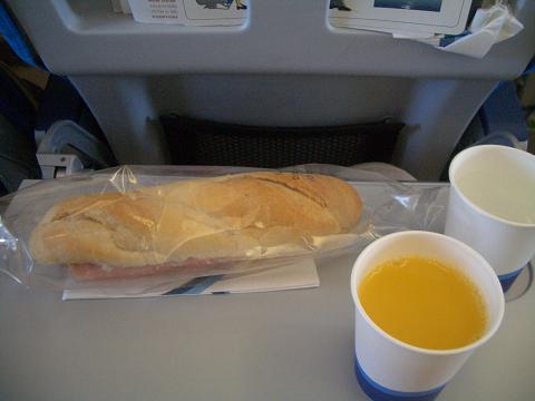 フィンランド航空機内食リスボンからヘルシンキ