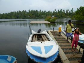 1111boatsafari.jpg