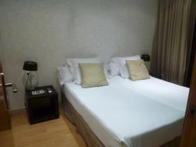319hotel4.jpg
