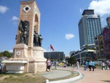 イスタンブール生活のABC-タクシム広場