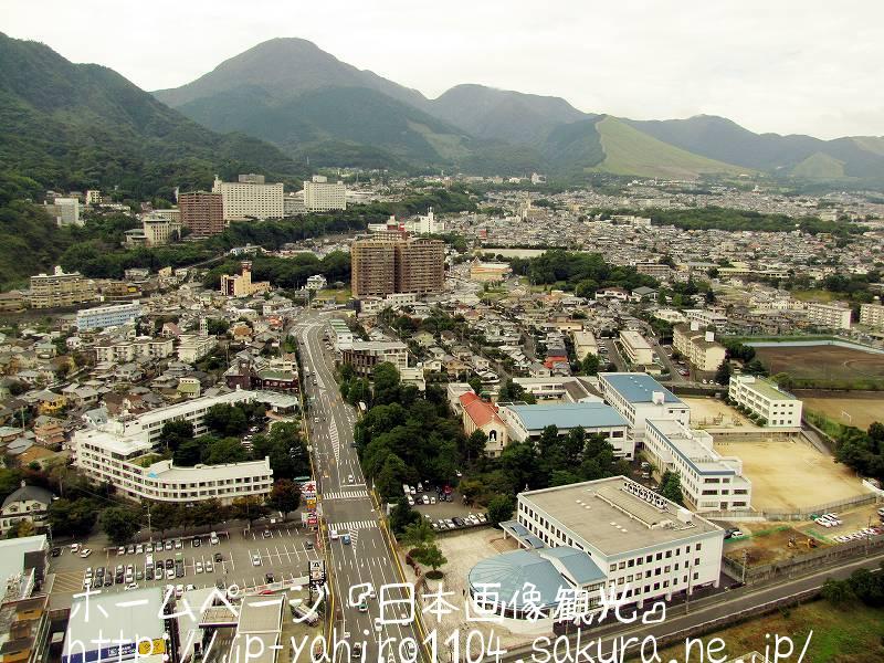 大分・グローバルタワーから見た別府の街3