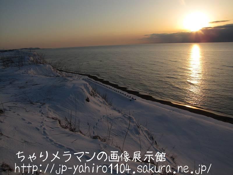 北海道・日本海オロロンラインから見た夕日