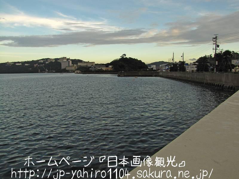 三重・夕暮れの鳥羽の港2
