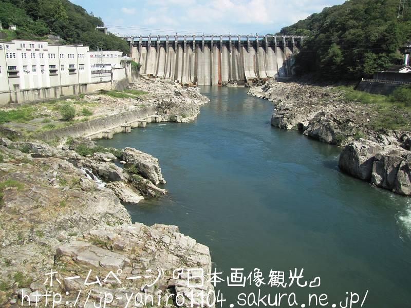 岐阜・ダム湖でできた恵那峡2