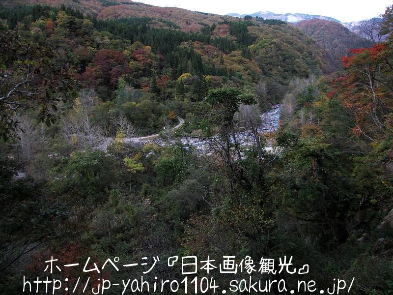 石川・紅葉が始まった白山周辺1