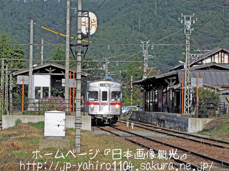 長野・廃線間近か、長野電鉄屋代線の松代駅2
