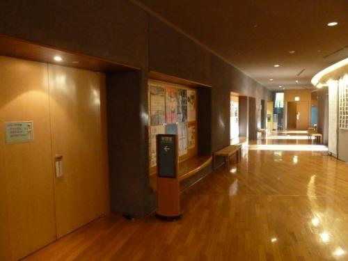 文化ホール側通路