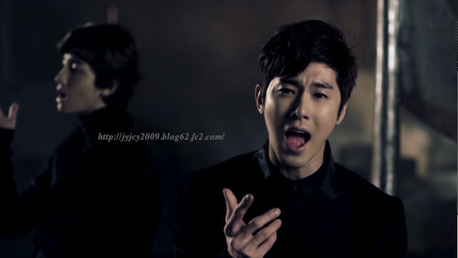 11-tvxq1130duet-10-1_20111204063949.png