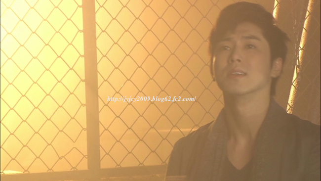 11-tvxq1130duet-making-6-1.png